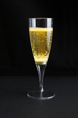 Gele lichtgevende champagneglazen 10