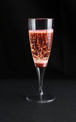 Rode lichtgevende champagneglazen 10