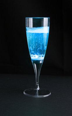 Blauwe lichtgevende champagneglazen 10