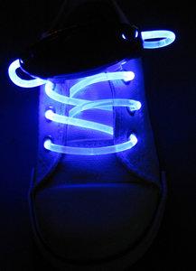 Blauw lichtgevende led veters